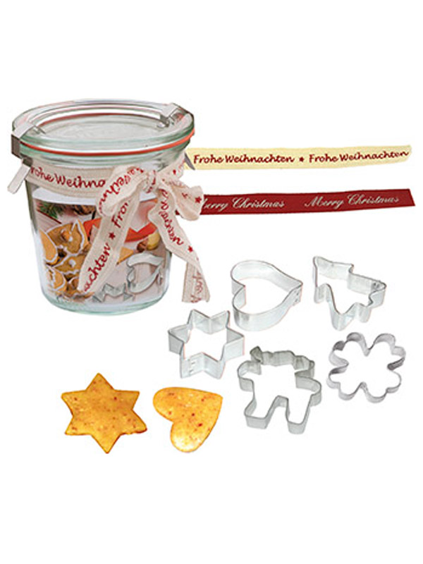 Jelly jar with 5 biscuit cutters