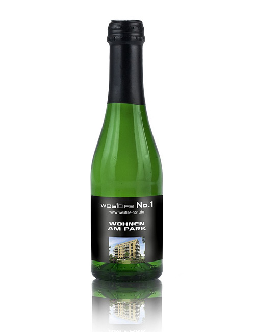 Champagne Cuvée Piccolo, green bottle