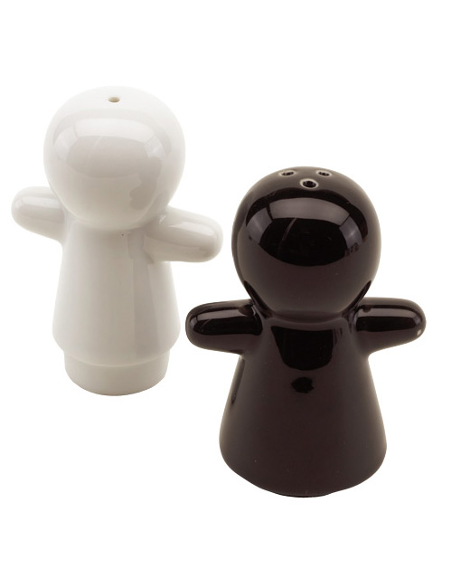 "Salt an pepper shakers ""Get 2 Gether"""